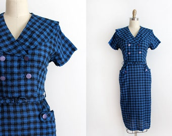 CLEARANCE vintage 1950s dress // 50s houndstooth sailor collar dress with belt