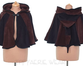 2 tone fleece 'Dolmantelle' Cloak. Elbow length. straight Hem. 6 stripe Positively pixie hood