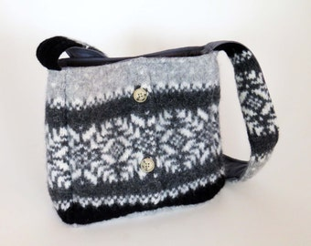 FELTED Gray WOOL SHOULDERBAG / Snowflake Design (Ooak) / Lined w Pockets & Snaps / From Upcycled  Wool Sweater / Eco Friendly Birthday Gift