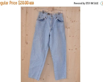 SALE High Waisted blue Jeans Mom Jeans VTG 80's womens high rise pants
