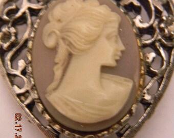 Vintage Fillagree Heart Shaped Cameo Brooch