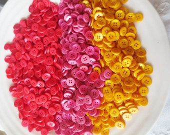 Buttons Pearlized Bulk Lot 3 Colors 367 grams Yellow Pink Sunrise Mix