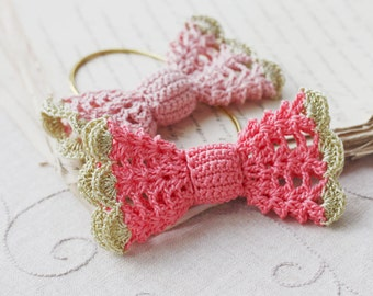 Crochet hair bow Vintage inspired hair accessory for women, girls Boho chic Lace Summer fashion Coral pink Dusty rose