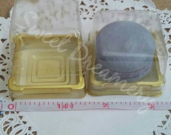 Macaron  dessert container