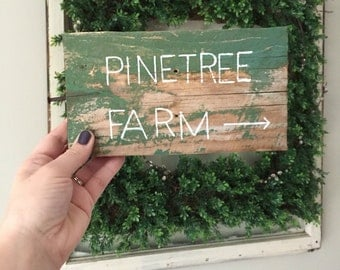 Rustic Christmas Decor Farmhouse Sign Vintage Style Mantle Holiday Wall
