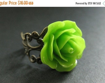 BACK to SCHOOL SALE Apple Green Rose Ring. Green Flower Ring. Adjustable Ring. Filigree Ring. Flower Jewelry. Handmade Jewelry.