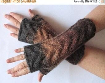 Brown Fingerless Gloves Dark Gray Beige wrist warmers