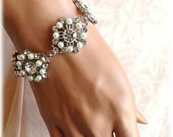 Bridal bracelet, Wedding jewelry,bridal jewelry, Pearl bracelet, bridesmaid bracelet, rhinestone bracelet, crystal bracelet