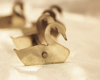 Stainless Steel Swan Knife Rests
