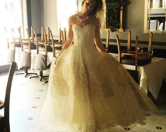 The Loveliest Wedding Dress Ever sz S