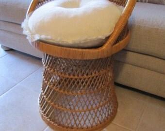 Vanity Wicker Chair Stool #110415