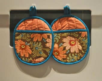 Hot Pads/Pot Holders Ginger Flowers Ready To Ship