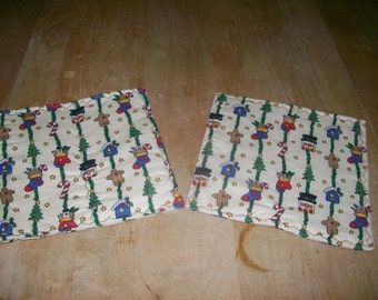 Pair of Christmas/Holiday Hotpads/Potholders--Free Shipping