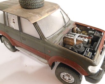 Classicwrecks Toyota Land Cruiser Rusted Scale Model Car