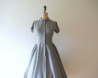 Vintage 1950s dress . striped 50s dress . small