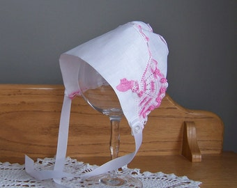 Baby Girl Sun Bonnet Vintage Handkerchief in White with Pink Crocheted Sun Bonnet Sue Baby Newborn Girl Shower Gift