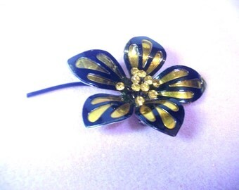 Vintage Metal Flower Pin - Black and Gold - No. 1699