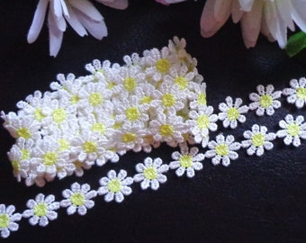 1/2 inch wide white daisy embroidery lace trim selling by the yard