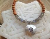 """Sale! Ongkara om mala necklace with labradorite and 108 aromatic sandalwood beads / 18"""" yoga necklace"""