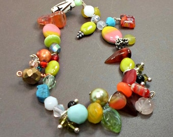 Bracelet handmade stretch small mixed colors crystals beads 6 3/4