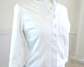 The Sweetest Cotton Blouse / Pale Blue Swiss Blouse / 1970s / 3/4 Sleeves / Fitted Blouse / Secretary Blouse / Peter Pan Collar / Sm-Med