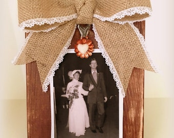 Rustic Wood Photo Holder Distressed Picture Frame Vintage Clip Photo Block Custom Bows 5 x 7 & 4 x 6 CHESTNUT Stands Alone