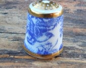 Royal Crown Derby Thimble ~ Blue Aves