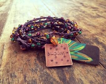 Blooming Beads: Versatile crocheted necklace / bracelet / belt / headband