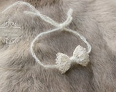 ready to ship, newborn baby photography prop, tieback halo with small cream bow, baby shower gift, baby photo prop, luxury prop tieback halo