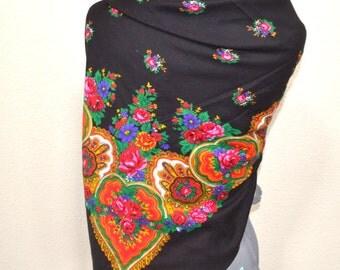 "Vintage Edwin scarf  Floral Scarf Ukrainian Head Scarf, Russian Style Shawl Vintage Shawl Large Shawl 49""x 49"" l made in Japan"