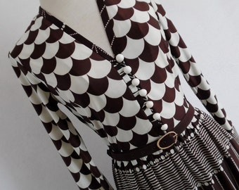 FRANCE . Vanilla & Chocolate . Fabulous Op Art Geometric Graphics Print Midi Dress 60s S
