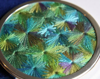 Green Starburst Embroidered Handbag Mirror, Handmade by Pingwynny