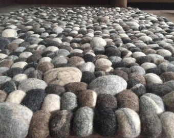 Pebble rug/stone felt ball, Rectangular rug,natural felt ball rugs, rectangle felt ball rug, handmade in Nepal,free delivery