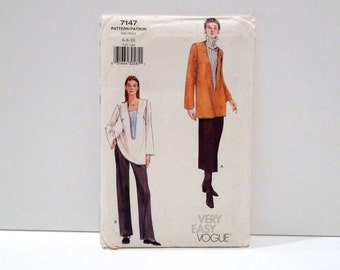 Tunic Skirt Pants Vogue 7147 Never Used 1990s Very Easy Sewing Pattern FF uncut Loose Pullover Deep V Neck Top Straight Legged Pants 6 8 10