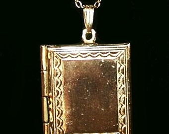 "Book Locket Pendant Necklace Gold Etched Metal Lacy Cable Chain 16"" Vintage"