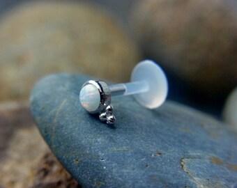 White Opal (3mm) bazel set with trinity ball 16g bio flexible tragus /forward helix / lip / medusa piercing (1pc)