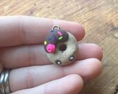 Donut charm with pink rose