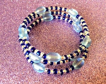 Dark Blue and White Rocailles with Light Blue  frosted Glass Oval Bead Memory Wire Fashion Trend Cuff Bracelet