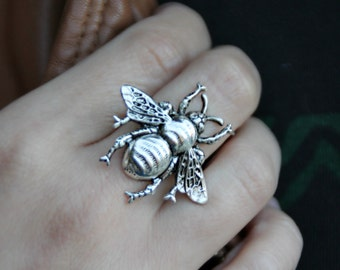 silver bee ring,  honey bee ring, bumble bee ring, bee jewelry, bee accessories, insect ring, spring fashion, vintage style