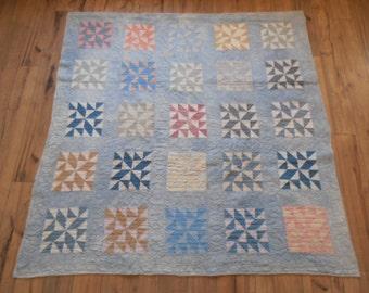Beautiful Antique Twenty Five Patch Quilt - Handstitched