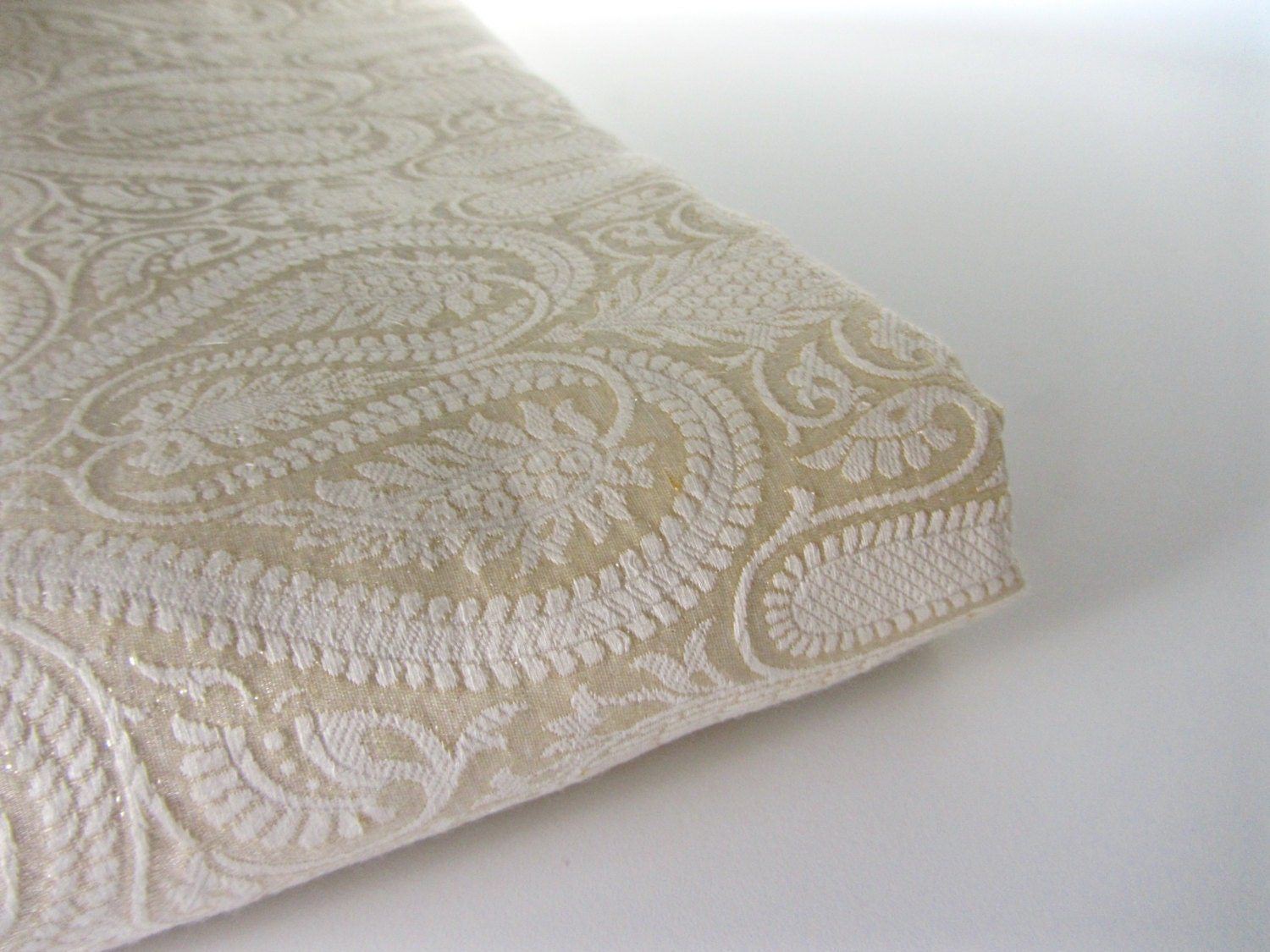 Pearl White Beige Textured Silk Brocade Fabric Nr 705 1 4