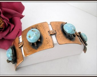 Turquoise Copper Bracelet - Wide Links -  Turquoise Cabachons - Fold Over Clasp