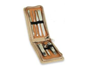 7-Piece Leatherette Manicure Gift Set