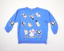 80s Raining Cats and Dogs On a Duck Puffy Print Lavender Blue Purple Soft Acrylic Cartoon Animals Pullover Vintage Sweatshirt / Womens Med