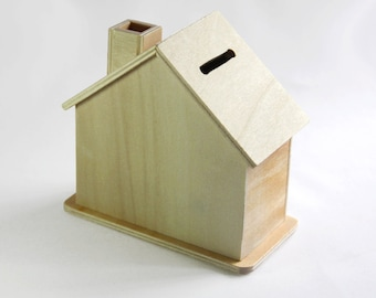 Wooden House Saving Bank