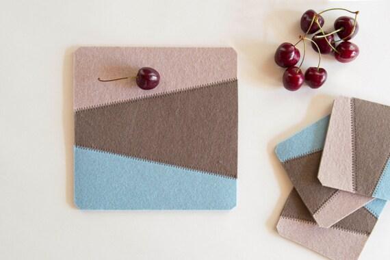 Felt trivet, decorative mat, geometric, pastel colors, home decor, wool felt, gift idea, handmade, made in Italy