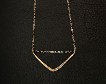 DANAE || Gold Filled || Sterling Silver || Hammered Bar Necklace || Delicate Chain || Long Pendant Necklace