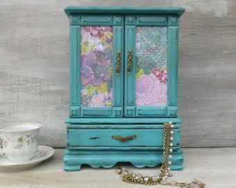 Upcycled Turquoise Jewelry Box