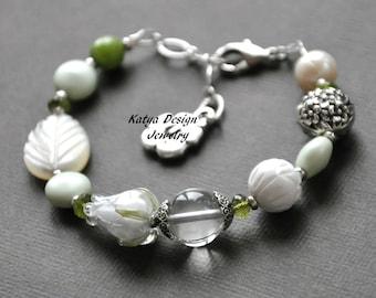 Bracelet flowers, bracelet stone, white bracelet, bracelet lampwork, bracelet silver, bracelet ice quartz, bracelet pearl ,peridote bracelet