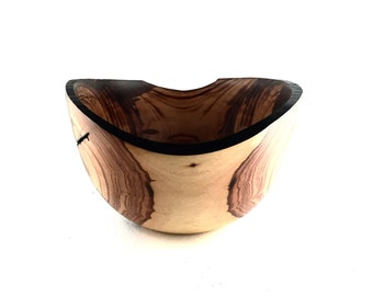 Wood Bowl No.1606104-Natural Edge Carboncillo Wood